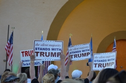 Trump Crowd 1