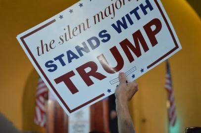 Trump Crowd 4